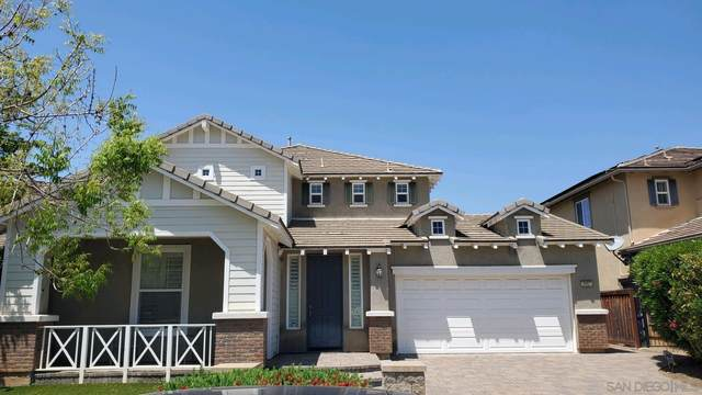 2957 Oro Blanco Cir, Escondido, CA 92027 (#210011755) :: Compass