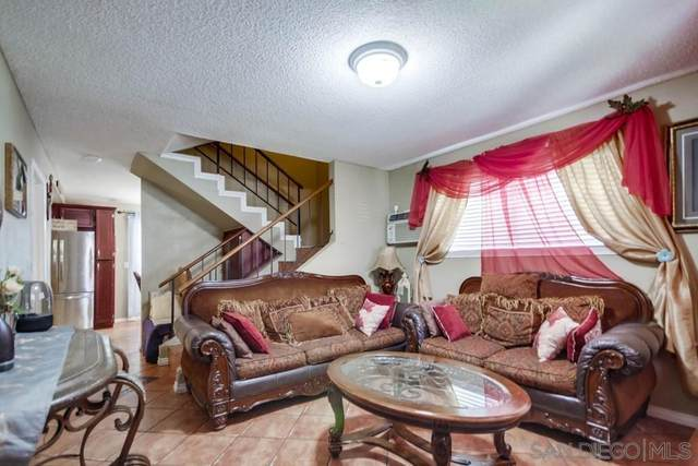 1034 Leland St #18, Spring Valley, CA 91977 (#210013944) :: PURE Real Estate Group
