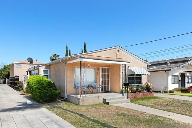 4867-71 Palm Ave, La Mesa, CA 91942 (#210016967) :: SunLux Real Estate
