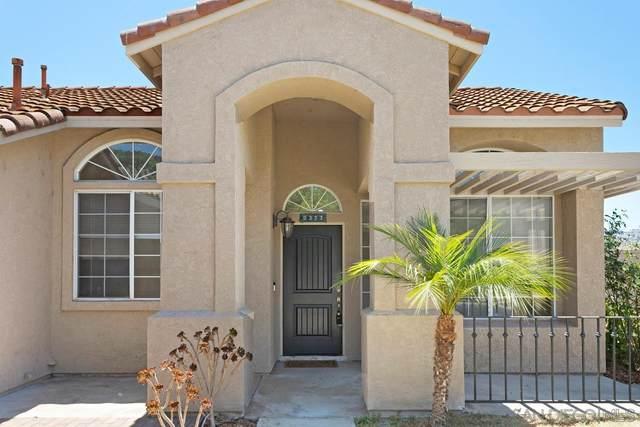 3373 Avocado Vista Lane, Fallbrook, CA 92028 (#210018757) :: Neuman & Neuman Real Estate Inc.