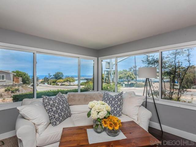 6681 Avenida Mirola, La Jolla, CA 92037 (#210020298) :: Neuman & Neuman Real Estate Inc.