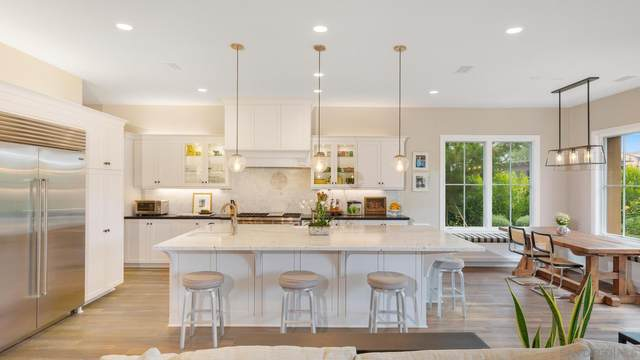 6259 Belmont Trail Court, Carmel Valley, CA 92130 (#210021048) :: SD Luxe Group