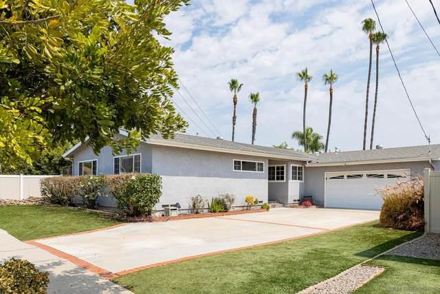 6235 Twin Lake Dr, La Mesa, CA 91942 (#210023084) :: Neuman & Neuman Real Estate Inc.