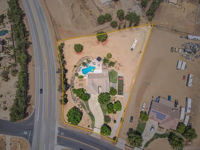 16950 Scottsdale Rd, Riverside, CA 92504 (#210023510) :: Wannebo Real Estate Group