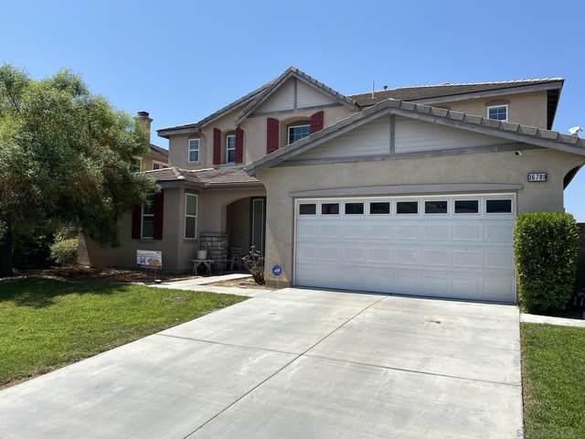 36789 Maxmillian, Murrieta, CA 92563 (#210025126) :: Rubino Real Estate