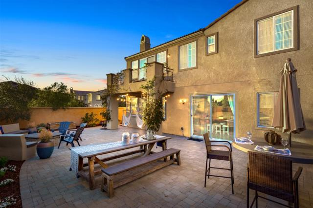 871 Hailey Ct, San Marcos, CA 92078 (#180005566) :: Neuman & Neuman Real Estate Inc.