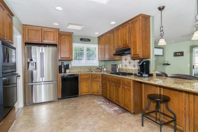 9701 Halberns Blvd, Santee, CA 92071 (#180032801) :: Neuman & Neuman Real Estate Inc.