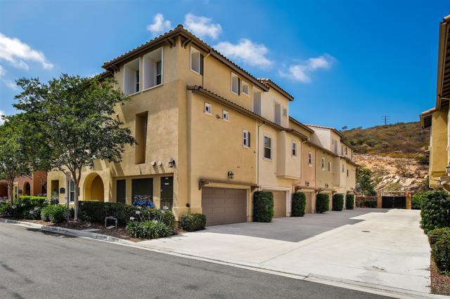 2078 Silverado St, San Marcos, CA 92078 (#180033901) :: Neuman & Neuman Real Estate Inc.