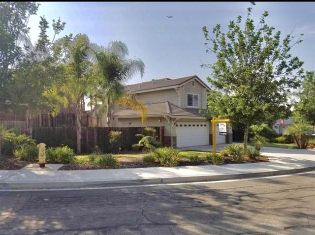 8504 Rhone Rd, Santee, CA 92071 (#180038043) :: The Yarbrough Group