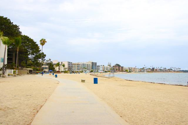 1335 La Palma Street F2, San Diego, CA 92109 (#180038397) :: KRC Realty Services