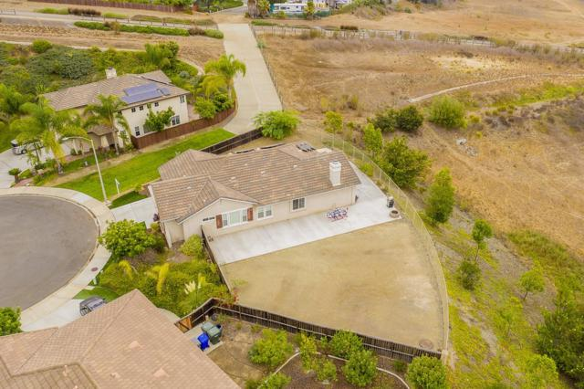 1599 Loma Alta, San Marcos, CA 92069 (#180049631) :: Whissel Realty