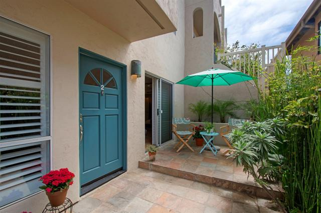 329 Bonair St #2, La Jolla, CA 92037 (#180051627) :: eXp Realty of California Inc.