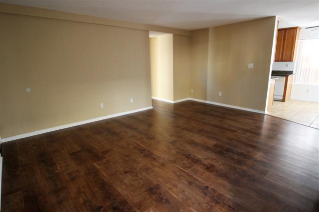 471 Ballantyne St #48, El Cajon, CA 92020 (#180063870) :: KRC Realty Services