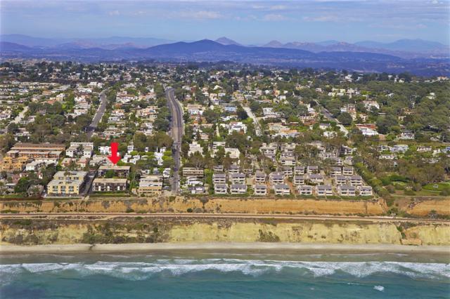 424 Stratford Ct A30, Del Mar, CA 92014 (#190010140) :: Neuman & Neuman Real Estate Inc.