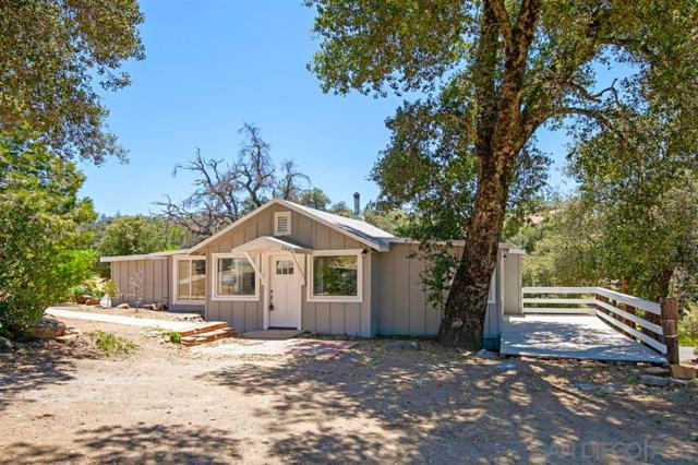 1692 Whispering Pines Dr, Julian, CA 92036 (#190036760) :: Whissel Realty