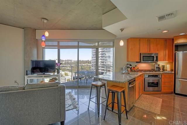 801 Ash St #1302, San Diego, CA 92101 (#190042411) :: Neuman & Neuman Real Estate Inc.