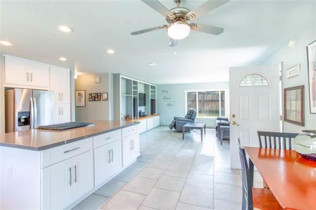 585 El Miraso, Vista, CA 92083 (#190043689) :: Neuman & Neuman Real Estate Inc.