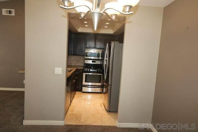 2075 Lakeridge Cir Unit #204, Chula Vista, CA 91913 (#200000287) :: Cane Real Estate
