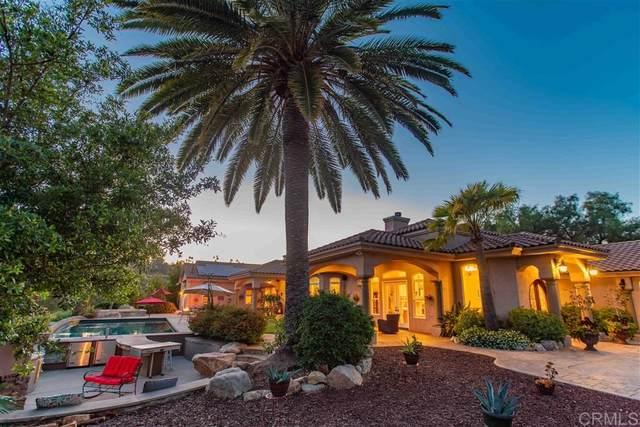 2810 Cresta Loma, Escondido, CA 92025 (#200021880) :: Neuman & Neuman Real Estate Inc.