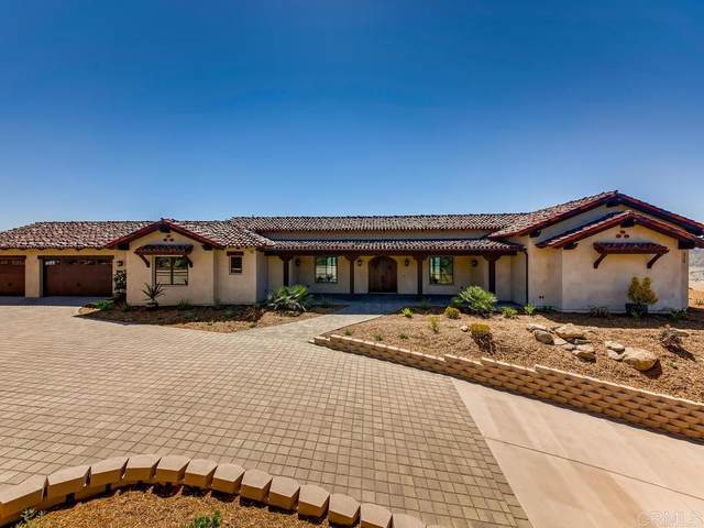 3750 Monserate Place, Fallbrook, CA 92028 (#200031532) :: Neuman & Neuman Real Estate Inc.