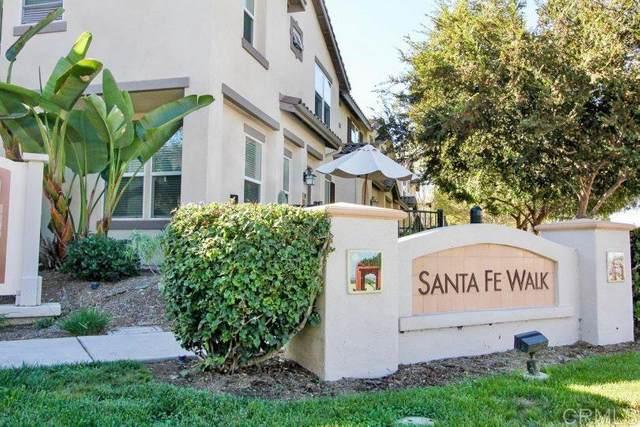 431 Avenida De La Luna, Vista, CA 92083 (#200034477) :: Allison James Estates and Homes