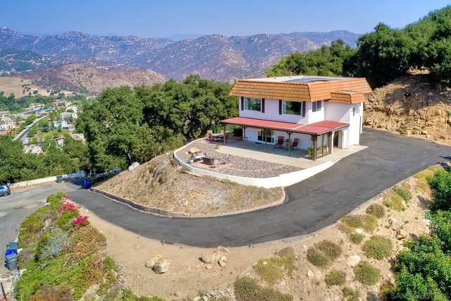 2304 Royal Oak Dr, Escondido, CA 92027 (#200048077) :: Tony J. Molina Real Estate