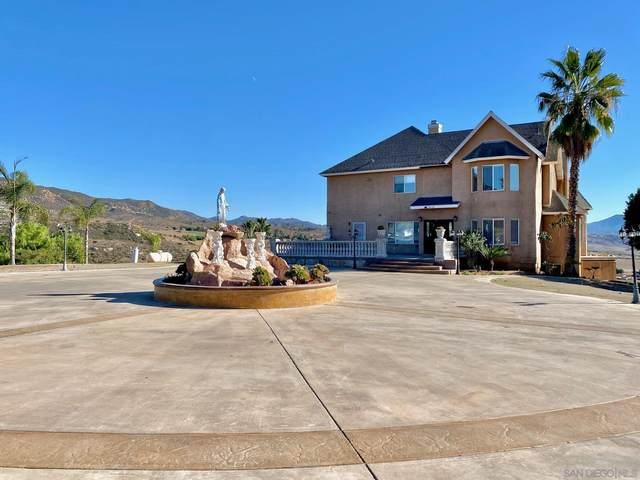 14153 Hillside Dr, Jamul, CA 91935 (#200054408) :: Tony J. Molina Real Estate