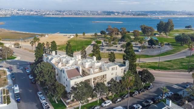 3770 Crown Point Dr #206, San Diego, CA 92109 (#210001557) :: Dannecker & Associates