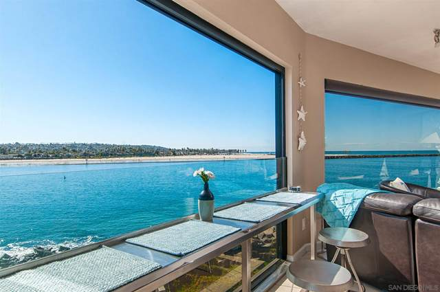 2595 Ocean Front Walk #7, Pacific Beach, CA 92109 (#210006941) :: The Legacy Real Estate Team