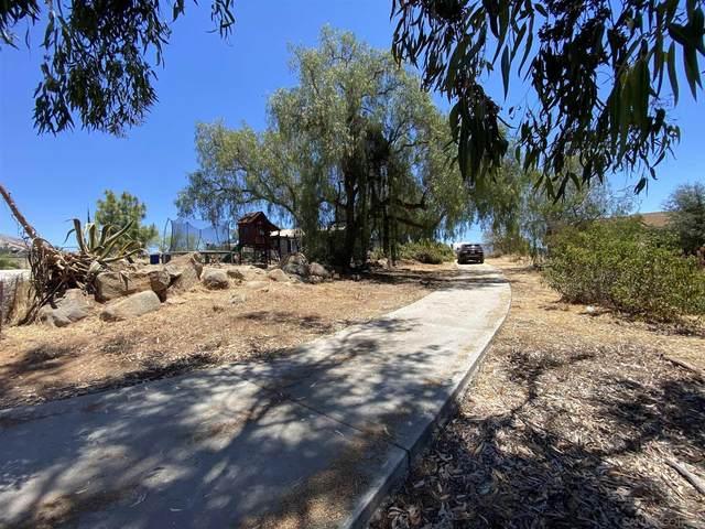 15559 Vachell Ln, El Cajon, CA 92021 (#210015894) :: Neuman & Neuman Real Estate Inc.