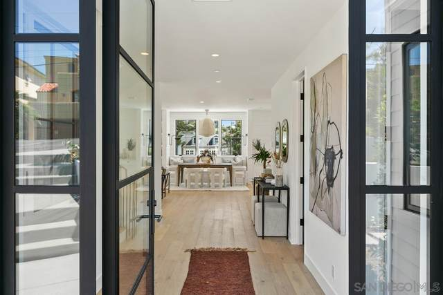 208 Pacific Avenue, Solana Beach, CA 92075 (#210025236) :: Neuman & Neuman Real Estate Inc.