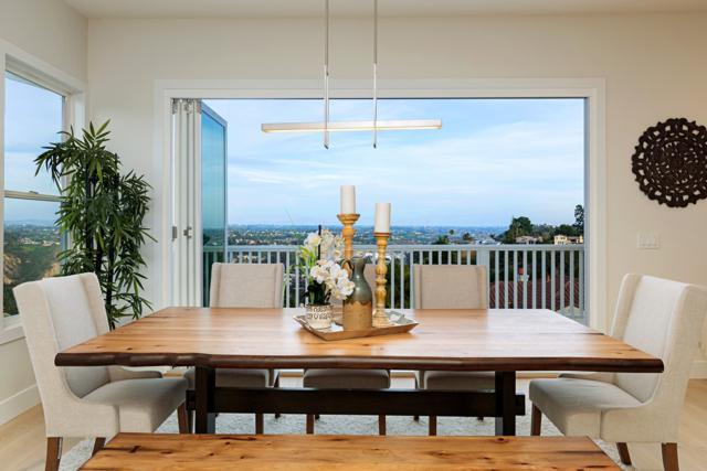 6093 Meadowpointe Row, La Jolla, CA 92037 (#180018103) :: Heller The Home Seller