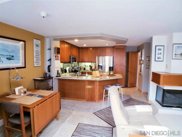 12630 Carmel Country Rd #115, San Diego, CA 92130 (#190028629) :: Coldwell Banker Residential Brokerage