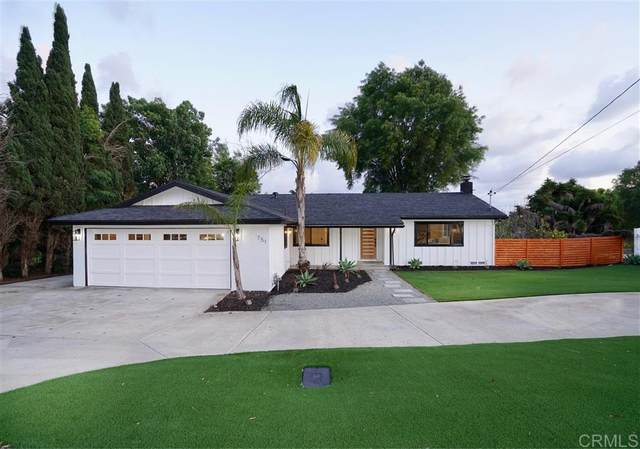 751 Crest View Rd, Vista, CA 92081 (#200014957) :: Cay, Carly & Patrick | Keller Williams