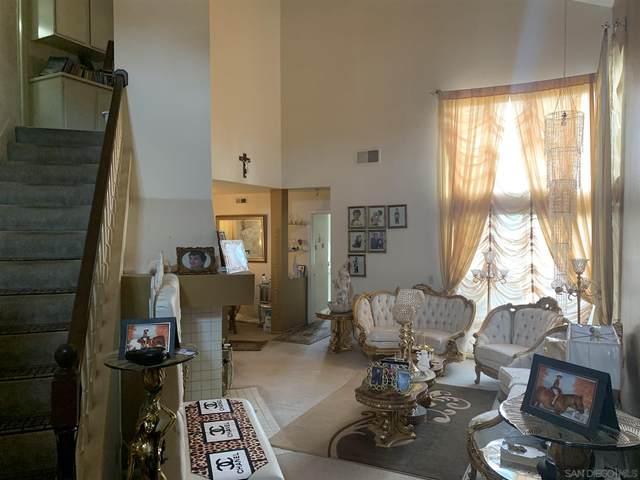 11856 Via Hacienda, El Cajon, CA 92019 (#200053809) :: Team Forss Realty Group