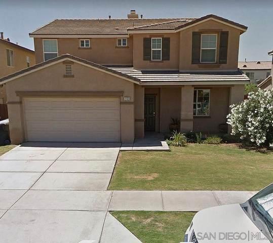 1123 Skyview Ave, El Centro, CA 92243 (#210001781) :: Neuman & Neuman Real Estate Inc.