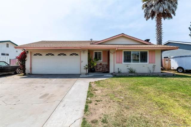 18675 Swaner Ave, Salinas, CA 93906 (#210015885) :: Solis Team Real Estate