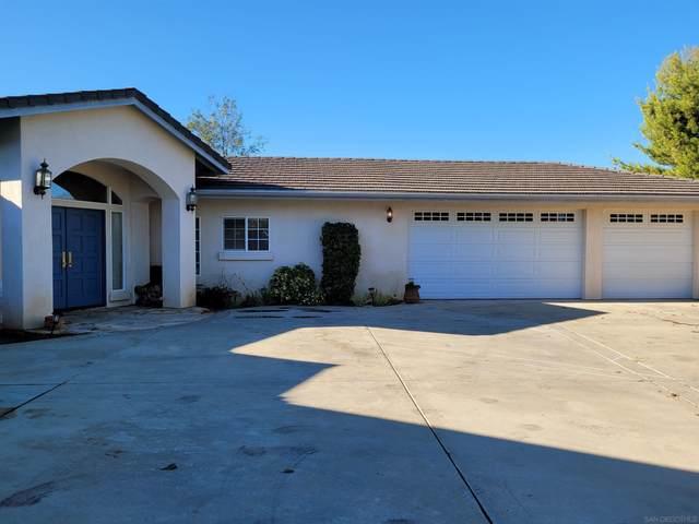 2582 Via Oeste Drive, Fallbrook, CA 92028 (#210025141) :: Neuman & Neuman Real Estate Inc.