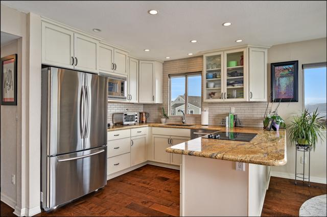 4747 Marina #18, Carlsbad, CA 92008 (#180002037) :: Neuman & Neuman Real Estate Inc.