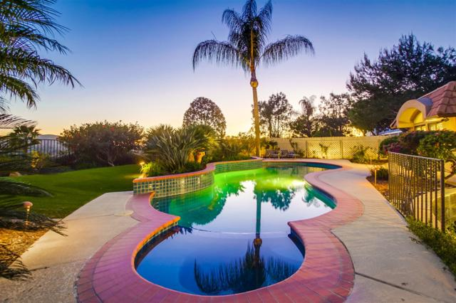 17243 Cloudcroft Dr, Poway, CA 92064 (#180010267) :: Whissel Realty