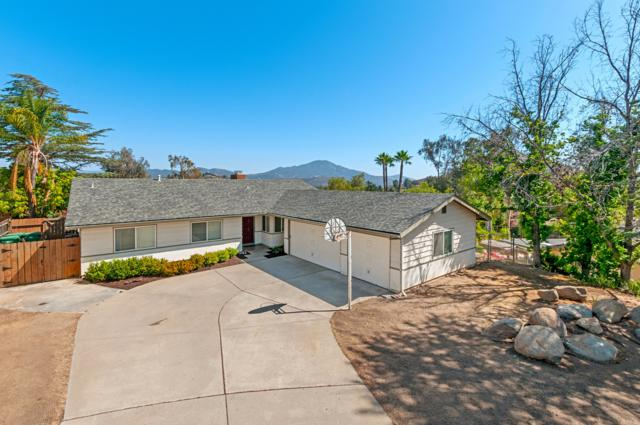 1615 Hollow Place, El Cajon, CA 92019 (#180026470) :: KRC Realty Services
