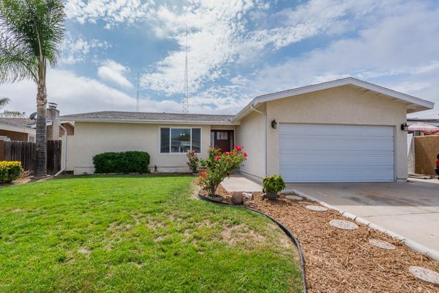 9328 Leticia Dr, Santee, CA 92071 (#180027951) :: Heller The Home Seller