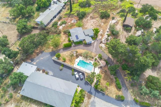 28560 Lilac Rd, Valley Center, CA 92082 (#180057805) :: Farland Realty