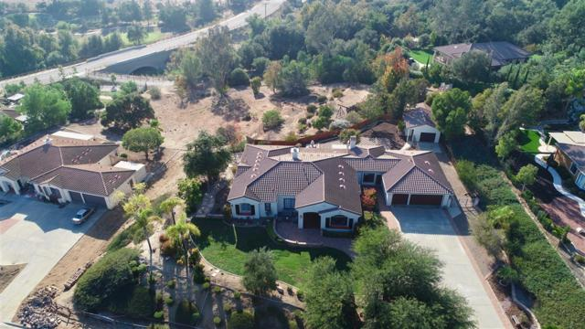3671 Genista Place, Fallbrook, CA 92028 (#180060315) :: The Yarbrough Group