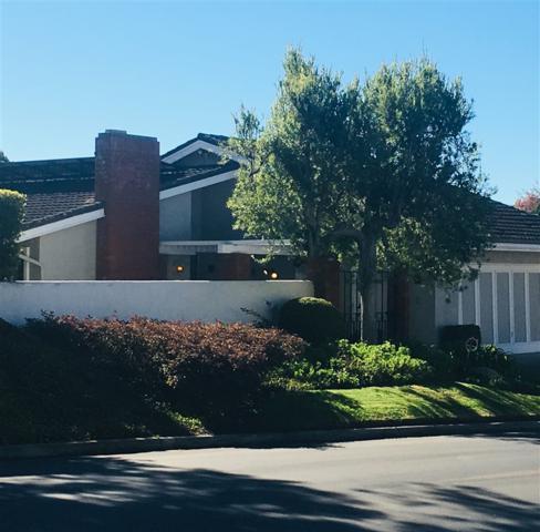 8215 Caminito Lacayo, La Jolla, CA 92037 (#180064078) :: Farland Realty