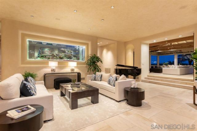 701 Gage Drive, San Diego, CA 92106 (#190018950) :: The Yarbrough Group