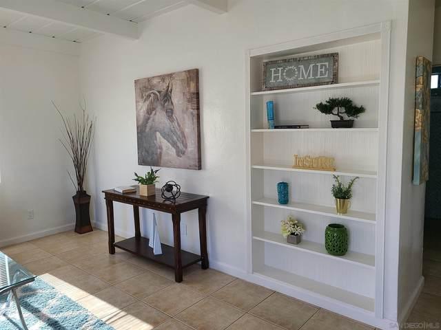704 N Citrus Avenue, Vista, CA 92084 (#200045292) :: Tony J. Molina Real Estate