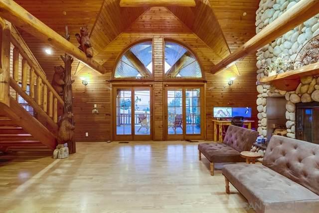 1097 La Cresta Blvd, El Cajon, CA 92021 (#210015261) :: SunLux Real Estate
