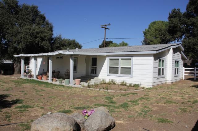 2545 Yucca Dr, Campo, CA 91906 (#170047890) :: Neuman & Neuman Real Estate Inc.