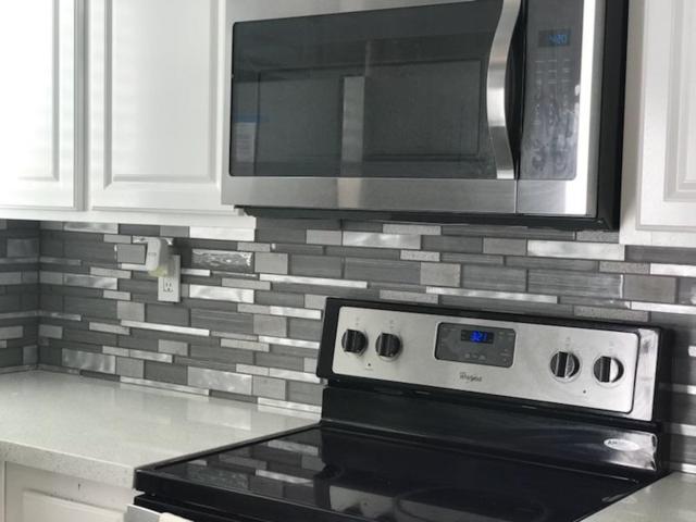 2105 Kings View Cir, Spring Valley, CA 91977 (#180004079) :: Neuman & Neuman Real Estate Inc.